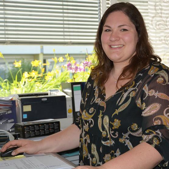 Malika Grüninger absolviert ein duales Studium im KWA Kurstift Bad Dürrheim und an der Dualen Hochschule in Villingen-Schwenningen