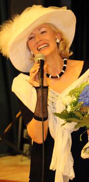 Ein Star tritt auf: die grazile, elegante, charmante Brigitte (französisch: Brischitt)