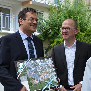 Sommerfest im Parkstift Aeskulap zum 50sten Geburtstag von KWA, mit Stiftsdirektor Andreas Lorz (links) und KWA Vorstand Dr. Stefan Arend
