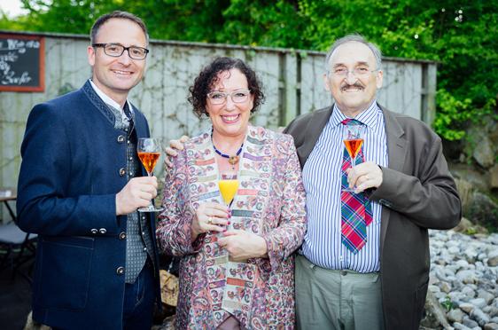 Verwaltungsleiter Michael Hisch mit Dr. Garner und Gattin Diane Garner