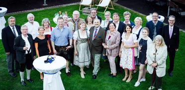 Die Festgäste im Gutshof Brunnwies