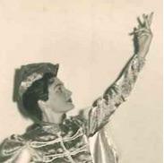 Als Tänzerin für die Oper Bettelstudent