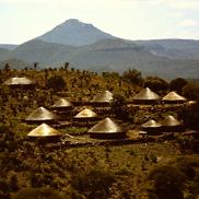 Eingeborenen-Dorf (Anfang 1990)