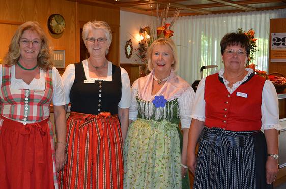 Mitarbeiterinnen des Rupertihofs, 45 Jahre KWA Stift Rupertihof