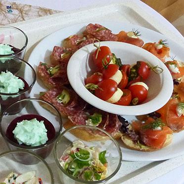 Kulinarisches zur 50-Jahre-KWA-Feier im KWA Stift im Hohenzollernpark in Berlin aus der Stiftsküche