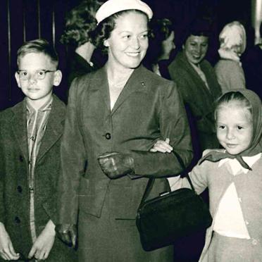 Eleonore Middelamm mit Kindern, 1958