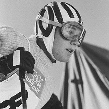 Heidi Biebl in Squaw Valley am Start zum Olympischen Abfahrtslauf