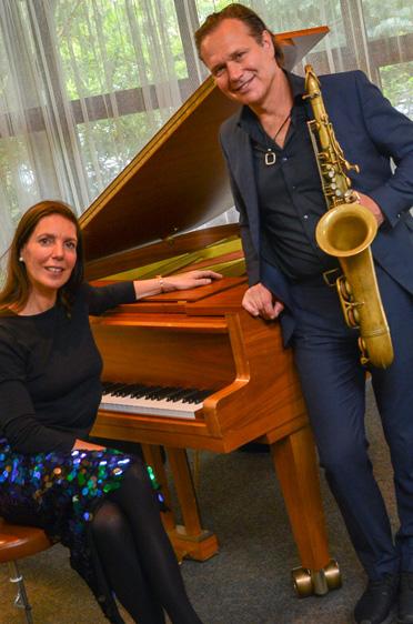 Der Saxophonist Mulo Francel gestaltete den musikalischen Teil gemeinsam mit der Pianistin Nicole Heartseeker.