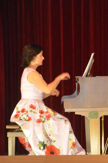 """Mariana und Michael Kaljushny mit ihrem Jazz- und Swingprogramm """"Sing, Sing, Sing"""""""