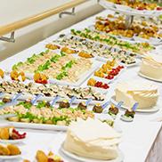 Buffet zum Empfang des neuen Stiftsdirektors Ortwin Kirchmeier: frisch in der Stiftsküche zubereitet, Leckeres in reichhaltiger Auswahl und verschiedenen Geschmacksrichtungen.