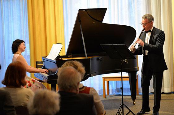 Konzert von Marina und Michael Kaljushny zur 50-Jahre-KWA-Feier im Hanns-Seidel-Haus.