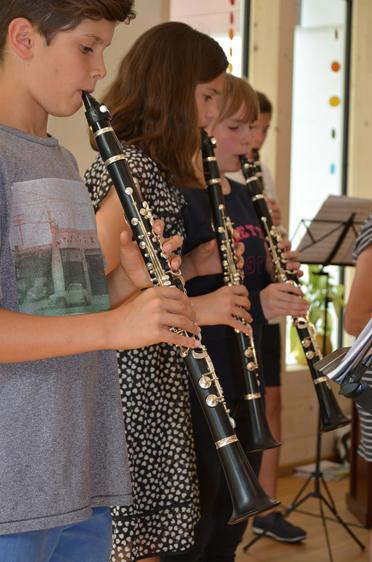 Konzert der Klarinettenklasse der Musikschule Tegernseer Tal bei der Feier im Rupertihof zum 50sten Geburtstag von KWA Kuratorium Wohnen im Alter