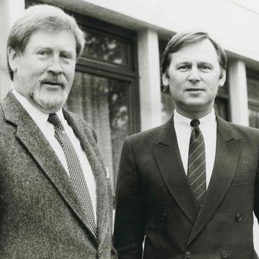 Hermann Beckmann (links) mit dem Unterhachinger Bürgermeister Engelbert Kupka
