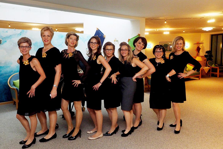 Feier zum Jubiläum 50 Jahre KWA; hier: Mitarbeiterinnen des KWA Albstifts Aalen.