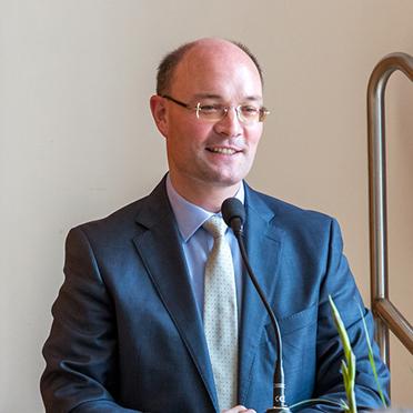Auch der Stv. Bezirksbürgermeister von Charlottenburg-Wilmersdorf, Arne Herz, begrüßte Ortwin Kirchmeier in der Hauptstadt als neuen KWA Stiftsdirektor.