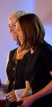 Gisela Hüttis und Verena Dietrich hoben in ihrem Beitrag insbesondere die visionäre Denke des KWA Vorstandes hervor