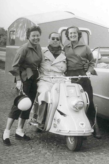 Anneliese und Elga Thouret