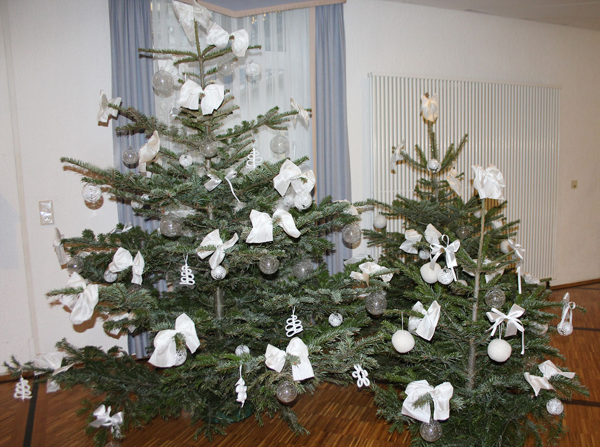 Christbaum-Trio im KWA Parkstift Aeskulap in Bad Nauheim