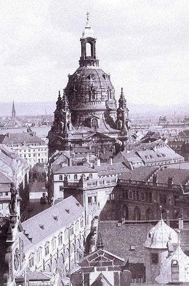Frauenkirche vom Schlossturm aus gesehen (1934)