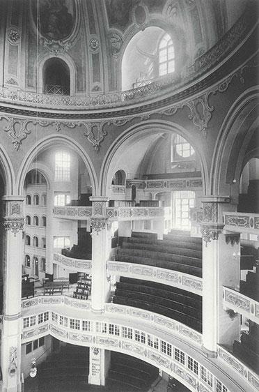 Historische Aufnahme, Innenraum mit südlichen Emporen