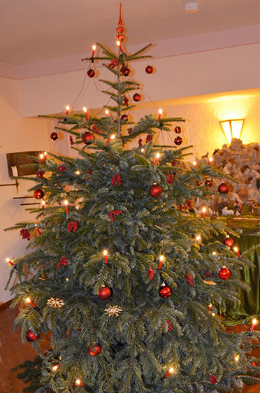 Christbaum im KWA Stift Rupertihof