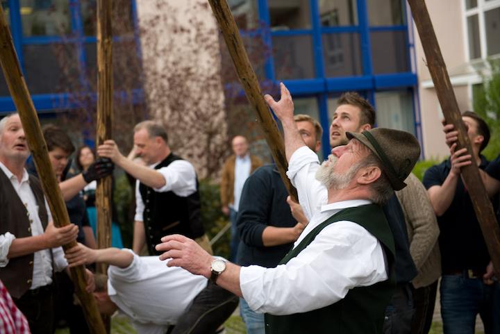 Maibaumfest in der KWA Hauptverwaltung