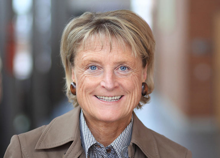 Medienexpertin Prof. Renate Hermann