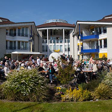 Feier im KWA Stift Urbana im Stadtgarten in Bottrop zum Jubiläum 50 Jahre KWA