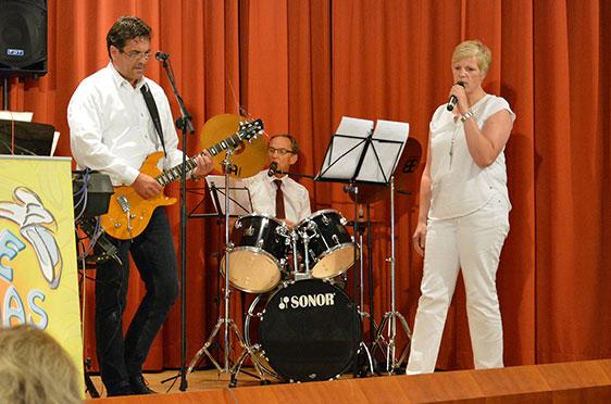 Die KWA Band präsentiert zum Jubiläum im KWA Parkstift St. Ulrich in Bad Krozingen Evergreens.