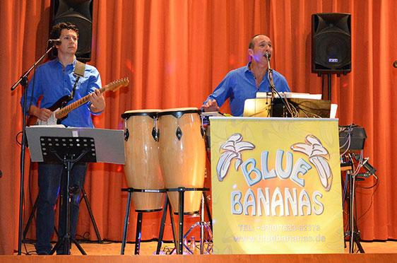 """Die """"Blue Bananas"""" legen mit südamerikanischen Rhythmen nach."""